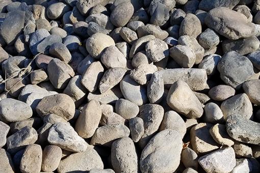 "River Rock 3"" to 5"" Stones"